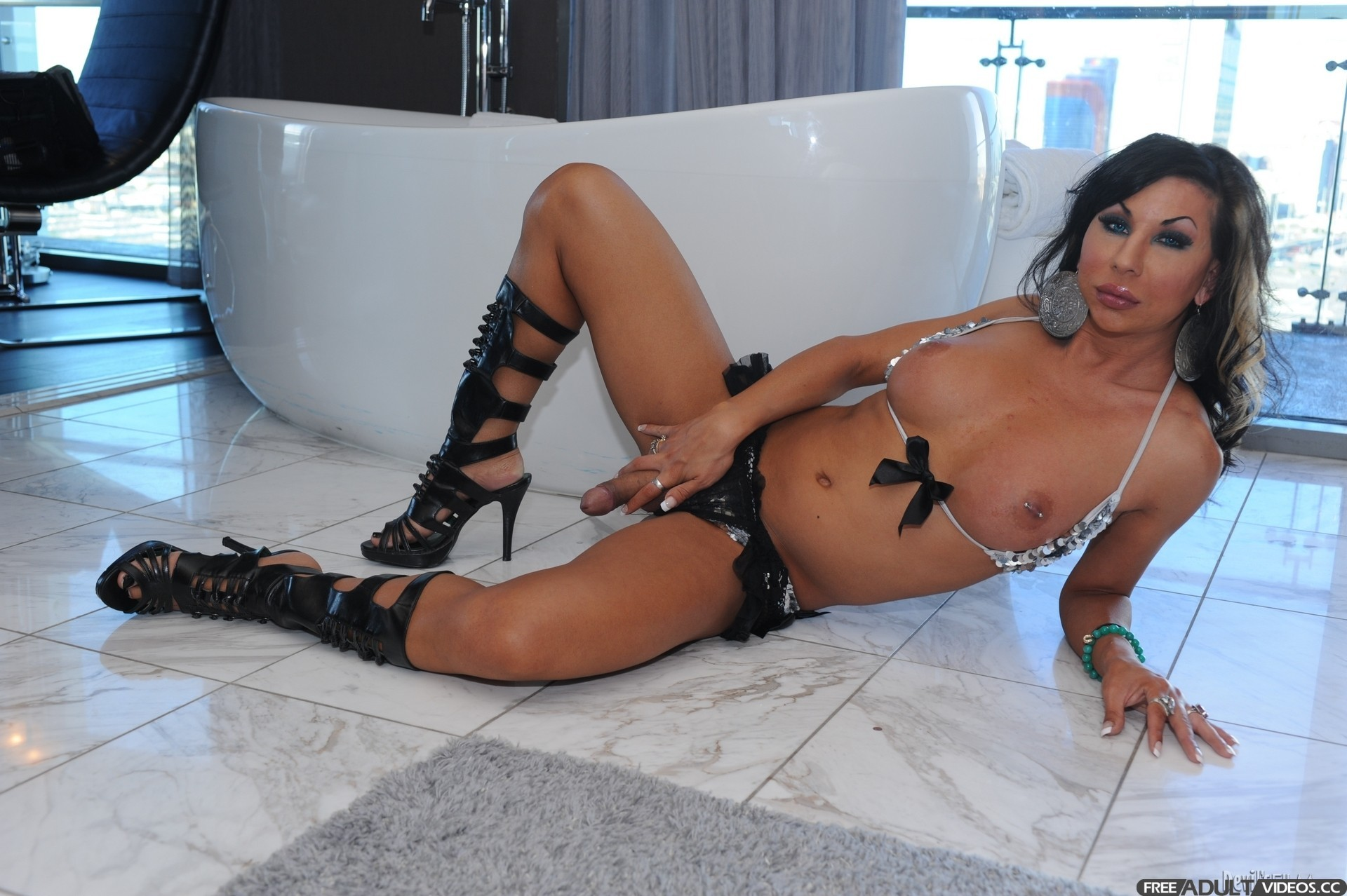 Real virgin ariel everitts   Porno foto)
