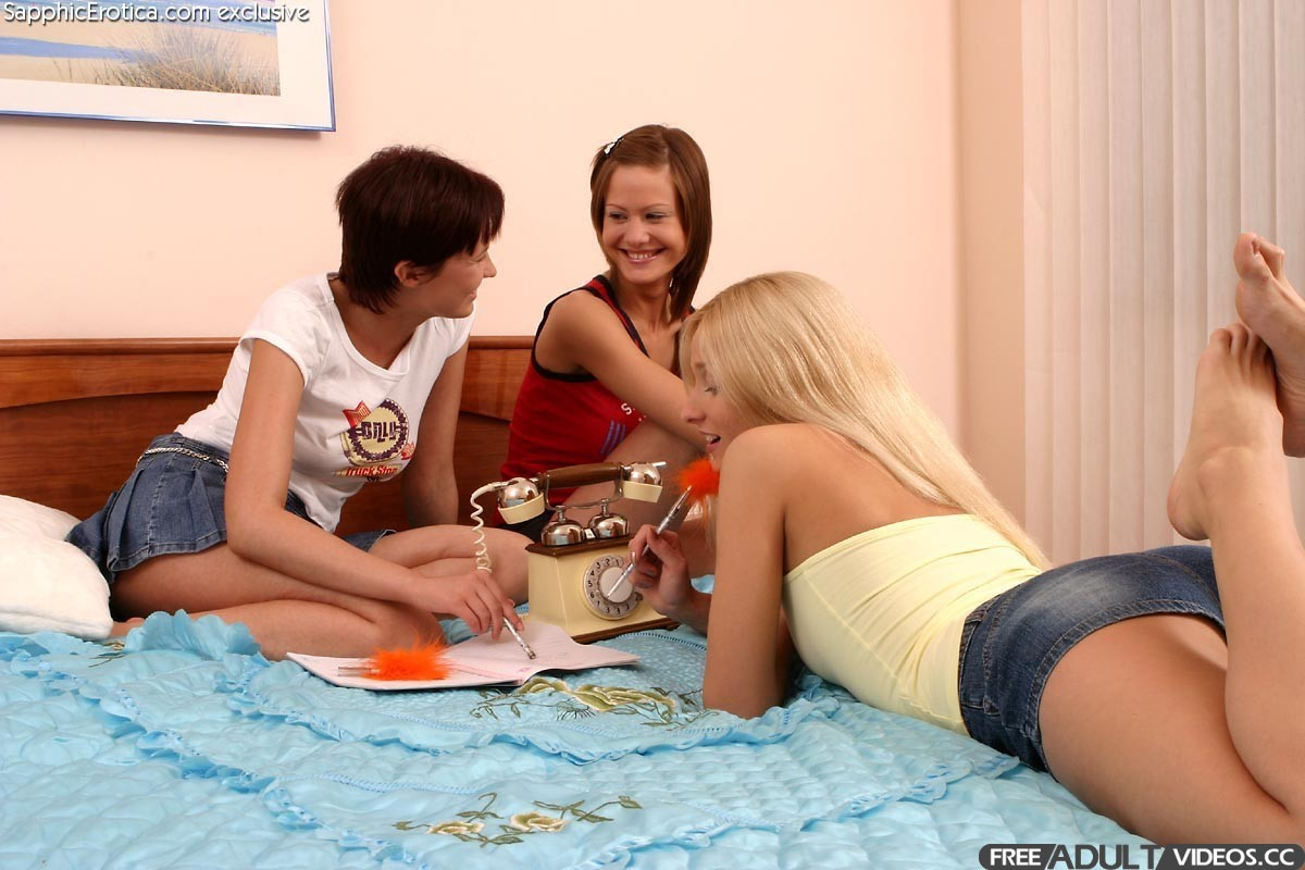 Sapphicerotica.com – Double Trouble Else & Noelle & Tindra 2005 GG  Fingering – Free Adult Videos